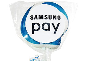 Леденец на палочке с логотипом Samsung Pay